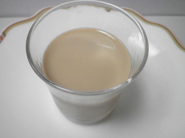 ミルクで抽出したおいしカフェラテ04