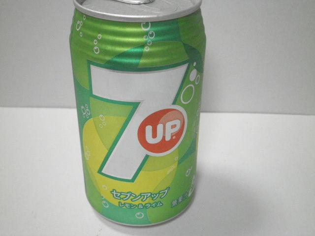 【炭酸飲料】今日の飲み物:「セブンアップ レモン&ライム」を飲む!