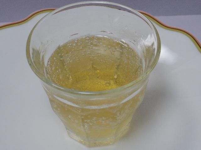 加賀棒茶サイダー4