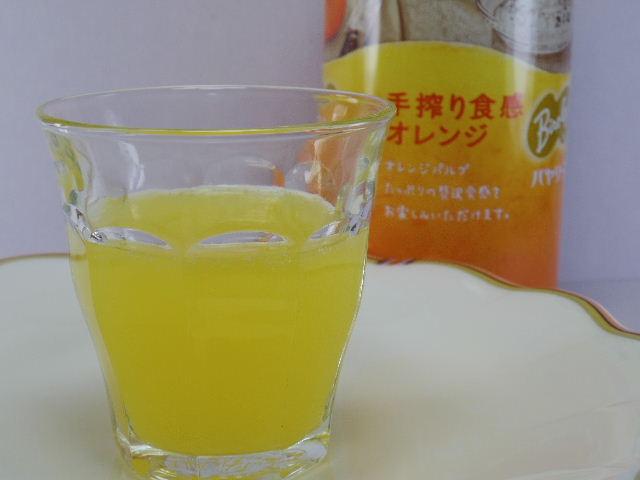 バヤリース 手絞り食感オレンジ3