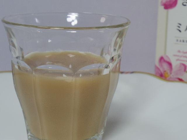 午後の紅茶 さくら香るいちごミルクティー4